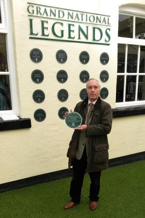 John Pinfold with William Lynn plaque